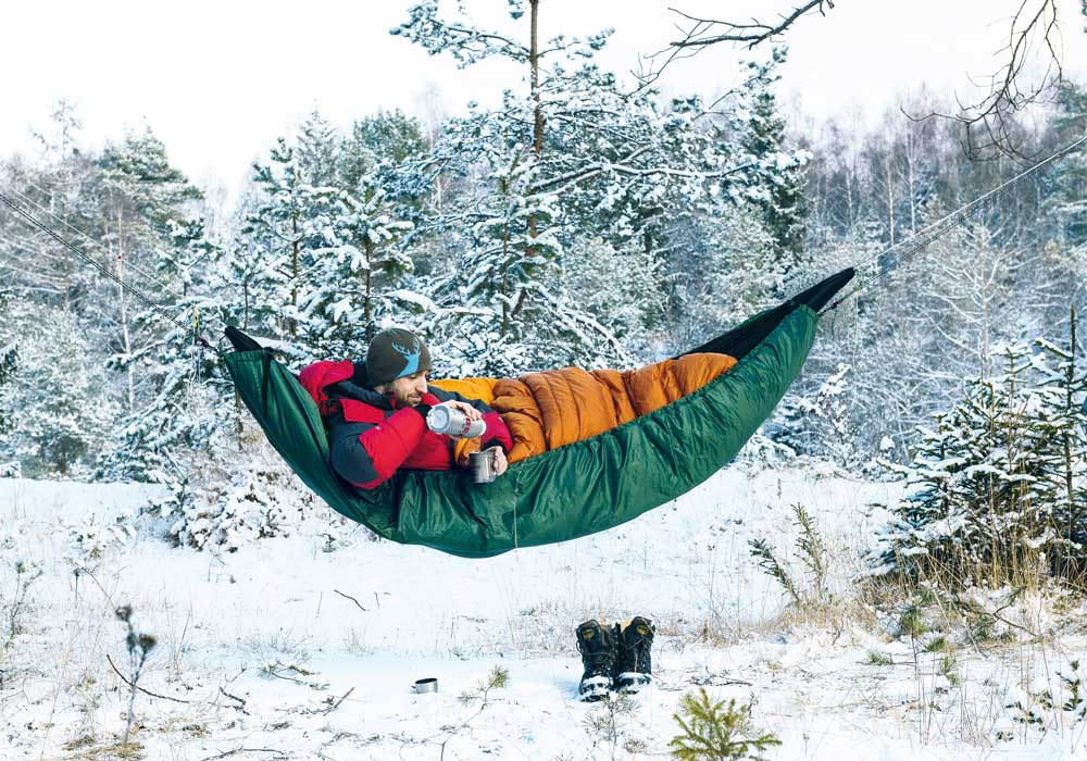 Hammock camping in winter – here's the equipment you need!